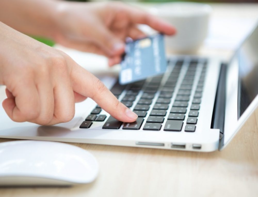 Welcome to the World of E-Commerce & Modern Business